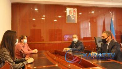 Photo of Rektor yüksək bal toplayan tələbə ilə görüşüb
